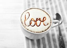 精美的咖啡拉花,讓人感覺清香撲鼻,提神醒腦
