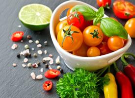 一组新鲜绿色有机蔬菜图片欣赏