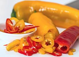 有各種顏色的大大的甜椒圖片欣賞