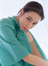 迪丽热巴优雅妩媚时尚杂志写真大片