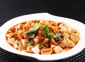 一组看起来就超有食欲的川菜麻婆豆腐