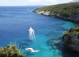 希腊沉船湾Navagio海滩图片欣赏
