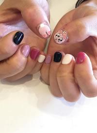 一组简单干净的短指甲美甲图片欣赏