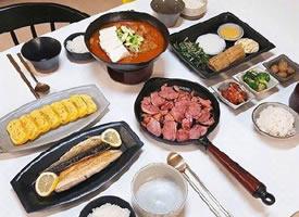 一位韩国丈夫拍照记录下每次为妻子下厨做的晚餐