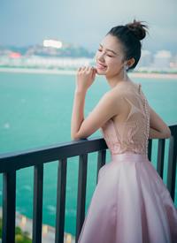林允粉色礼服性感高清图片欣赏