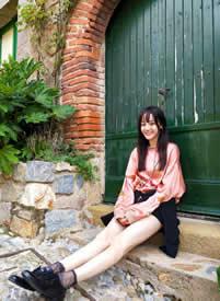 迪丽热巴邻家小女孩风格拍摄图片欣赏