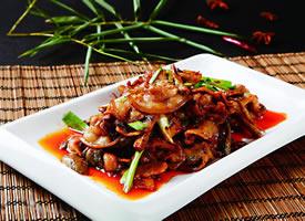 回鍋肉是一種烹調豬肉的四川傳統菜式,屬于川菜系