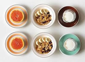 低脂轻食早餐,早上吃水果有助于加快新陈代谢哦