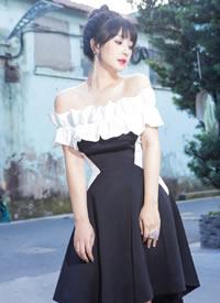 柳巖穿性感抹胸黑白色小禮裙圖片欣賞