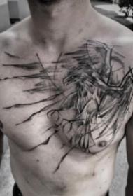 男性胸前的黑色个性纹身图案9张