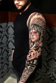欧美风格的大黑花臂纹身作品9张