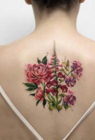女孩子爱好的18组小清爽花草纹身图案