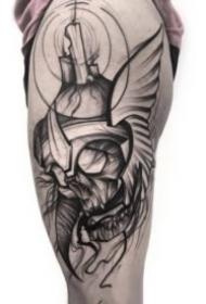 线条设计感很不错的暗黑灰纹身作品