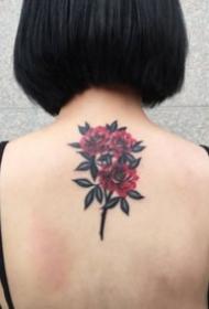 女生后背好看的18张小纹身图案