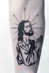 24张手臂上的小黑灰纹身作品图片