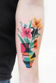 色块拼接的一组特性纹身图片