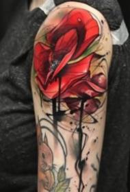 18组红色school风格的玫瑰花朵纹身图案