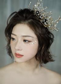 不合风格的转换的超美的新娘发型