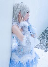 美丽动人的cosplay美女图片欣赏