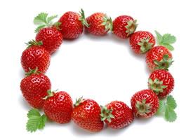 一组草莓的特写高清图片欣赏