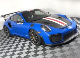 这个涂装的保时捷 911 GT2 RS 图片欣赏