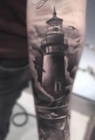 照亮前行方向的燈塔紋身圖片