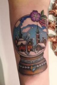一组愿望的水晶球雪景纹身图片
