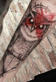 手臂上好看的暗黑猫头鹰纹身图案