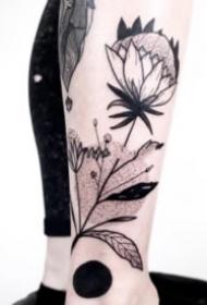 18组简约小清新的植物树枝等纹身图案