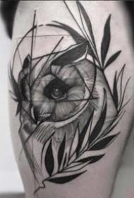 线条设计感很强的一组黑色纹身作品