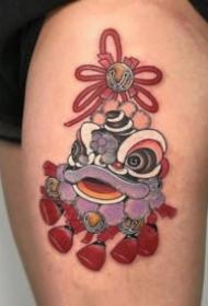 一波紅色調日式風格的傳統紋身圖案