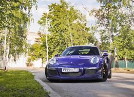 一组帅气骚紫色 保时捷 911 GT3 RS图片欣赏