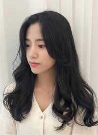 9款美丽大方的女生韩系卷发造型示范