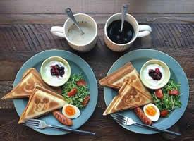 两个人的早餐也要很有仪式感