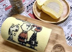 一组超可爱的史努比奶冻卷蛋糕图片