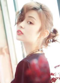 盖玥希时尚魅力写真图片