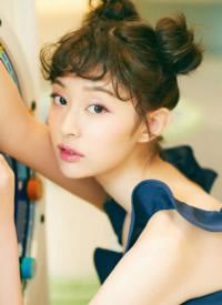 盖玥希娇俏可爱时尚写真图片
