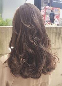 ?#36824;?#23567;清新感的女生发型图片欣赏