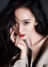 杨幂时尚杂志封面大片,个性张扬而不失优雅