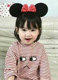 小女孩剪齐刘海真的是超可爱的