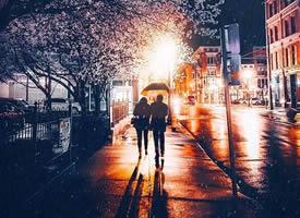 人不必太美,只要有人深爱。人不必太富,只要过得温暖
