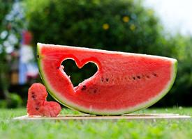 一組紅彤彤非常甜的西瓜圖片欣賞