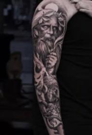 12组欧美写实包臂纹身作品图片