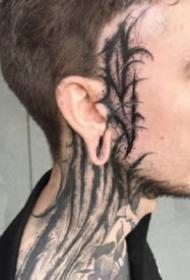 帅气的一组大暗黑字体纹身图片