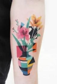 色块拼接的创意纹身图片