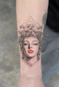 一组单针微雕系列的纹身图片欣赏
