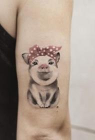 22张猪年的小猪主题纹身图案欣赏