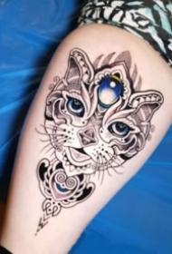 创意的植物和梵花组合的纹身图案