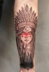 包臂的9張印第安風格女郎紋身作品圖案