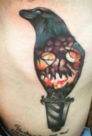 烏鴉主題的一組創意烏鴉紋身圖片